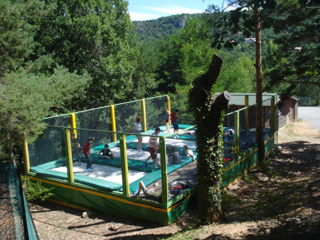 Camping Le Lac à Bauduen - Equipements 9